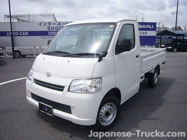 Toyota Lite Ace Truck - 2
