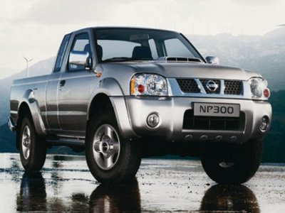 Nissan NP 300 Pick Up - 2