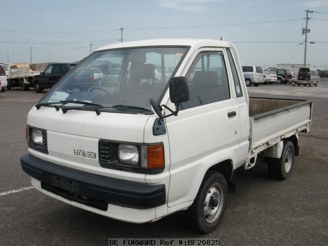 Toyota Lite Ace Truck - 1